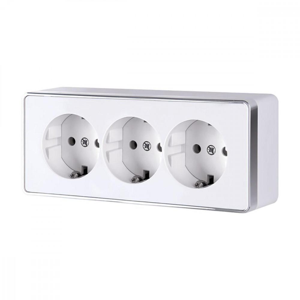 Розетка тройная с/з со шторками Werkel Gallant белая WL15-02-05 4690389130151